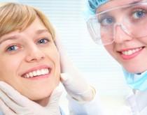Gesunde Zähne durch Zahnimplantate